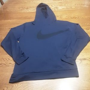 Women's preowned Nike top XL $15.00 # 799